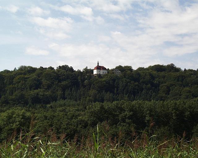 Wallenstein ofwel Valdštejn kasteel in het Boheems Paradijs bij Hruba Skala