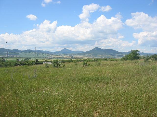 Uitzicht op de Ore mountains ofwel Ertsgebergte