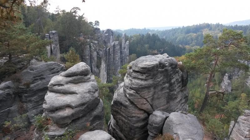 Bizarre rotsformaties in het Boheems Paradijs