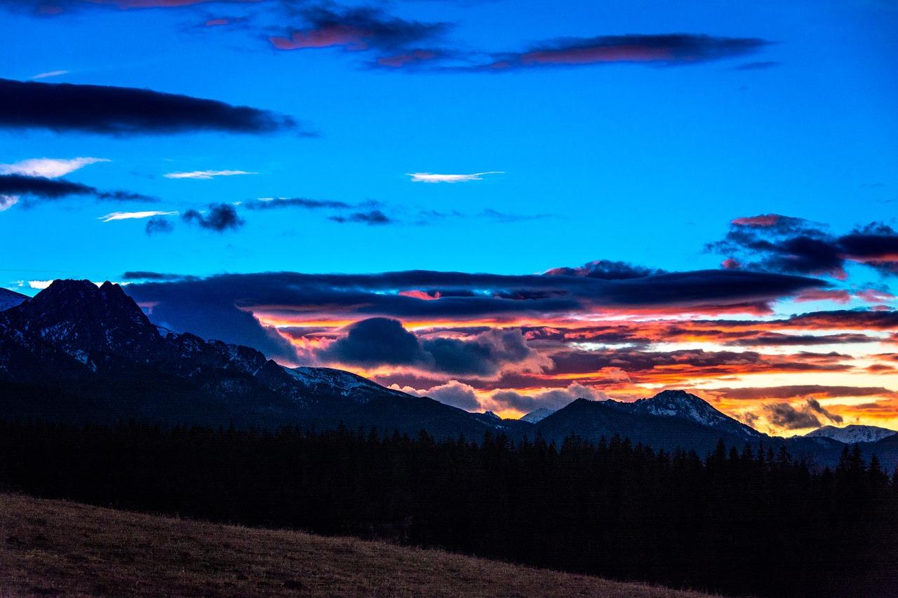 Wandelen in de Hoge Tatra bij zonsondergang
