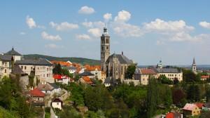 Uitzicht op de beroemde Sint Barbora kathedraal in Kutna Horá