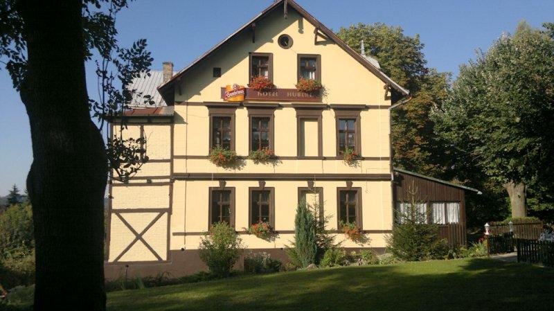 Hotel Hubert Mezná
